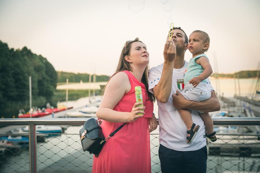 sesja rodzinna nad jeziorem olsztyn