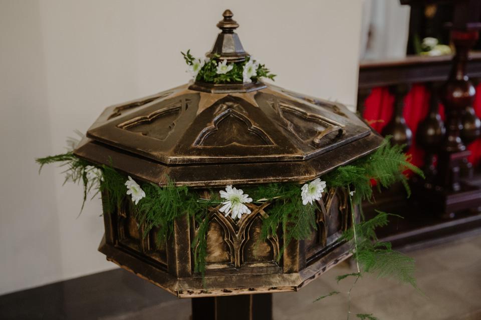 chrzest święty w kościele Olsztyn