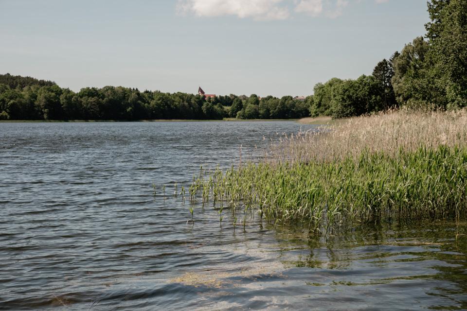 warmia i mazury komunia nad jeziorem