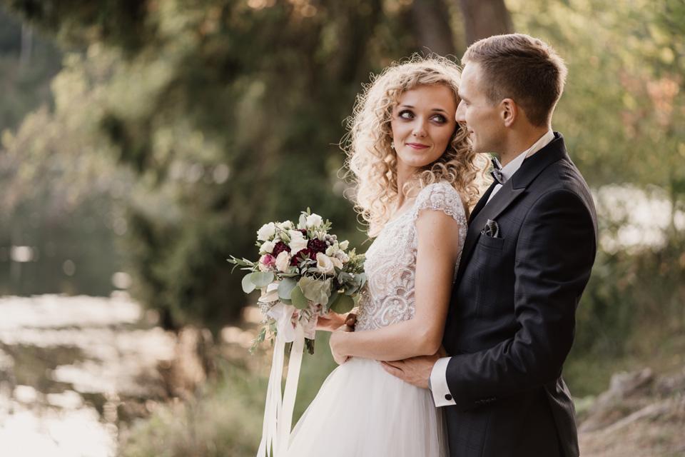 sesja ślubna nad rzeką Olsztyn
