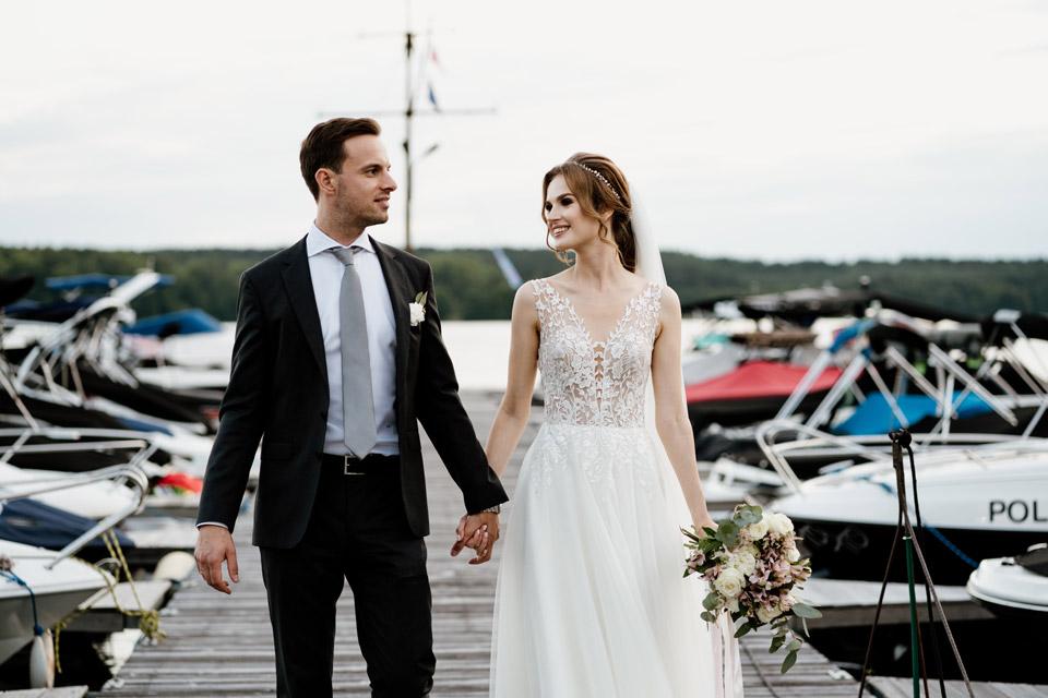 wesele nad jeziorem- krótka sesja w dniu ślubu