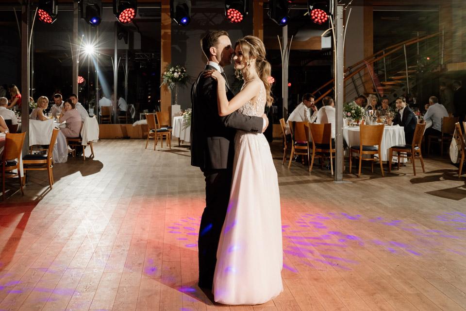 fotograf na wesele- restauracja Przystań