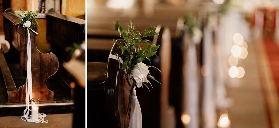 białe dekoracje ślubne w kościele