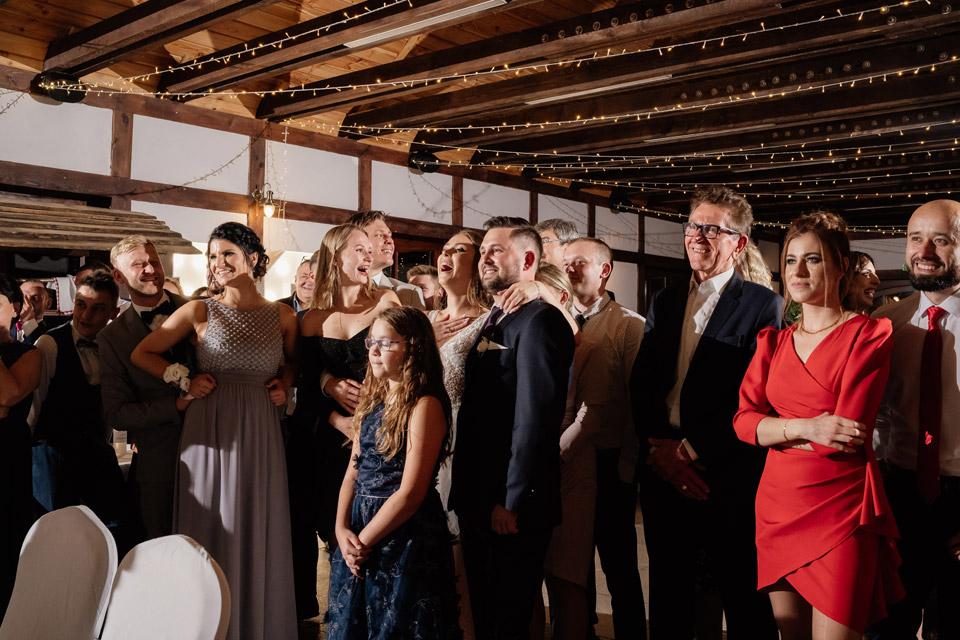 prezentacja dla pary młodej na weselu