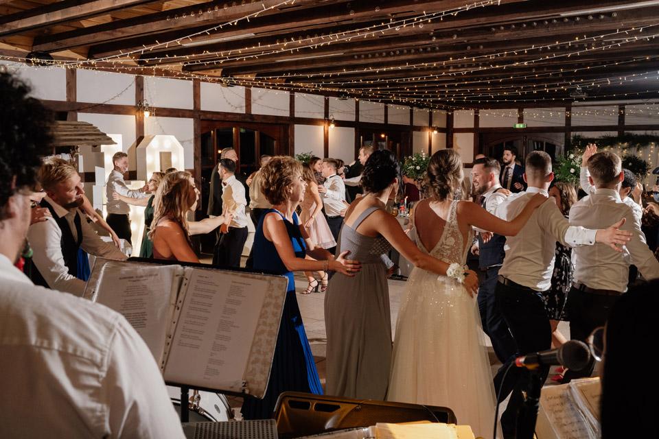 weselny pyton na weselu w Zalesie Mazury