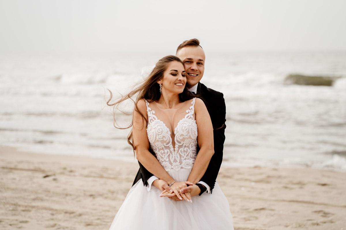 romantyczna sesja ślubna w Sztutowie