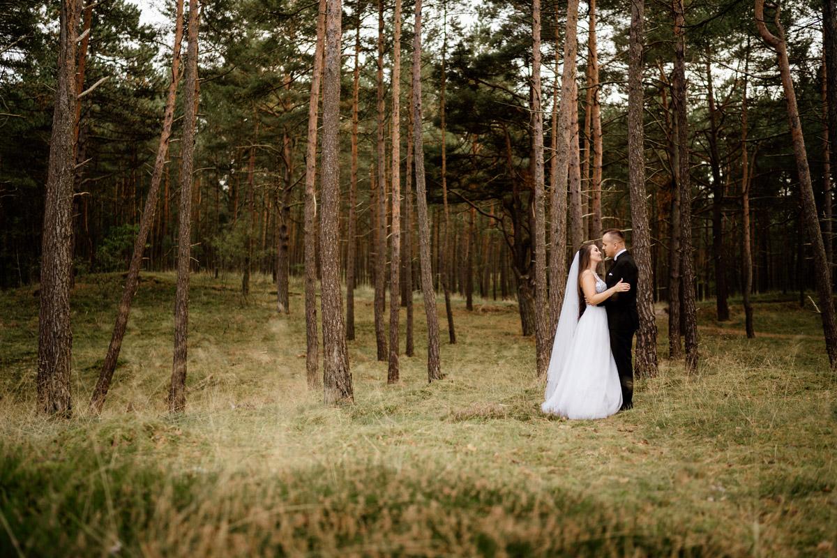 las w Sztutowie- sesja ślubna nad morzem